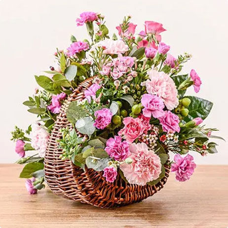 Carnation Delivery in UK