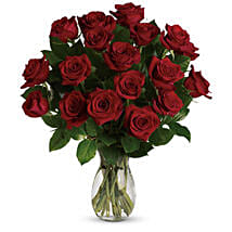 18 Red Roses Bouquet: Flower Bouquets to Australia
