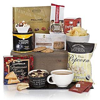 Gourmet Delights Hamper: Send Birthday Gifts to Bahrain