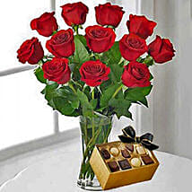 12 Red Roses With Chocolates: Birthday Flowers Delivery in Canada