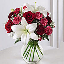 Enduring Romance Bouquet: Anniversary Flower Delivery in Canada