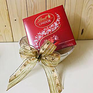 Lindt Lindor Chocolates Basket: Chocolates to Germany