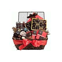 Chocolate Lovers Delight: Ramadan Gift Delivery in Indonesia