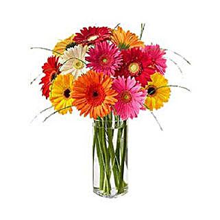 The Vibrant Spin KU: Flower Arrangements to Kuwait