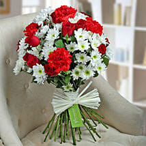 Attractive Flowers Bunch: Christmas Flowers