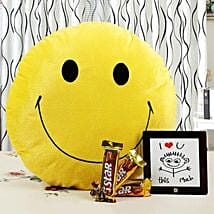 Brighten Up Your Love With Smile: Chocolate Delivery in Bangalore
