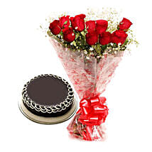 Capturing Heart- Red Roses & Chocolate Cake: Send Flowers & Cakes to Delhi