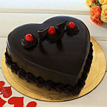 Chocolate Truffle Heart Cake: Send Heart Shaped Cakes