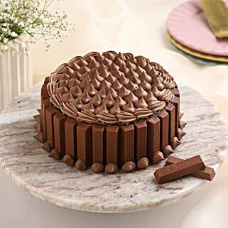 Crunchy Kit Kat Cake: Designer Cakes for Birthday