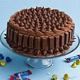 Crunchy Kit Kat Cake: Cakes to Varanasi
