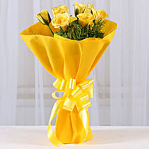 Enticing Yellow Roses Bouquet: Send Valentine Roses for Girlfriend