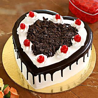 Flakey Hearts Black Forest Cake: Wedding Cakes