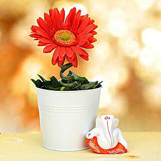 Ganesha and Plant: Artificial Flowers Kolkata