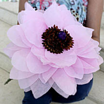 Giant Paper Flower: Handicraft Gifts for Mothers Day