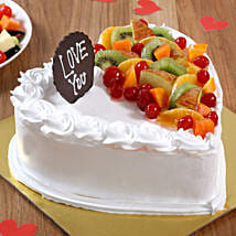 Heart Shaped Vanilla Fruit Cake: Romantic Cakes