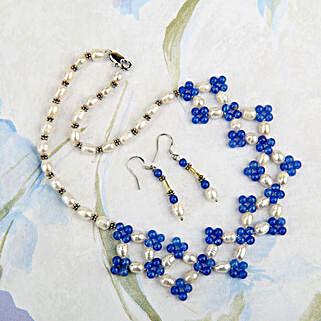 Living Stylishly: Jewellery Gifts