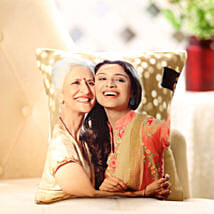 Mom n Me Personalized Cushion: Mothers Day Gifts to Aligarh