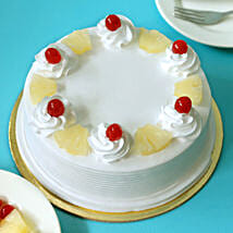 Pineapple Cake: Send Birthday Cakes to Pune