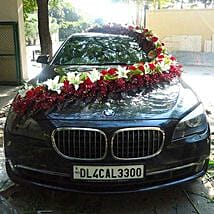 Red n White Floral Car Decor: Flower Decorations
