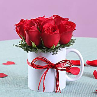Roses Mug Arrangement: Flowers to Delhi