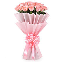 Stylish Pink Roses Bouquet: Anniversary Roses for Her