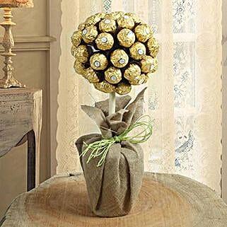Ferrero Rocher Chocolate Tree Arrangement: Christmas Chocolates