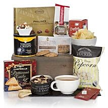 Gourmet Delights Hamper: Corporate Gifts to Qatar