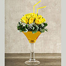 Elegant Yellow Rose Cocktail: Gift Delivery in South Africa