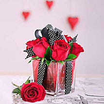 Red Roses All Tied Up: Send Romanic Gifts to South Africa