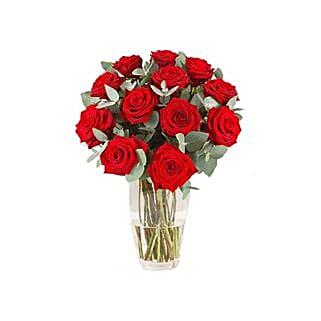 Ravishing Roses: Flower Arrangements to Thailand