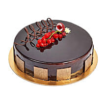 500gm Eggless Chocolate Truffle Cake: Half Kg Cake Delivery in UAE