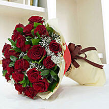 Beautiful Red Roses Bouquet: Rose Day Gift Delivery in UAE