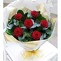 Beauty of Love: Thank You Flower Delivery in UAE
