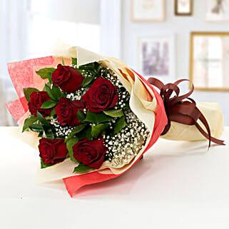 Beauty of Love: Send Anniversary Flowers to UAE