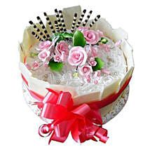 Bouquet bow: Valentine's Day Cakes to UAE