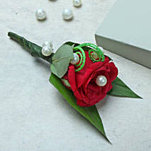 Dress with style: Send Roses to UAE