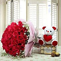 Hamper Showing love: Mother's Day Flower and Teddy Bears to UAE