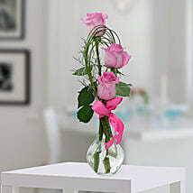 Pleasant Rose Arrangement: Mother's Day Gift Delivery in UAE