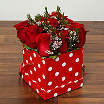 Red Roses In Cardboard Box: Valentine's Day Flower Delivery in UAE