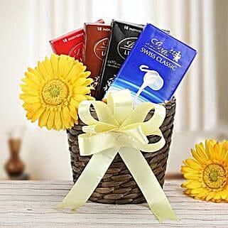 Simply Splendid: Send Chocolates to UAE