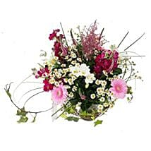 Country Garden Bouquet: Anniversary Flowers UK