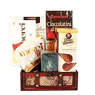 Passionate Love Basket: Send Chocolate to UK