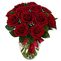 12 stem Red Rose Bouquet: Send Valentine Gifts to Dallas