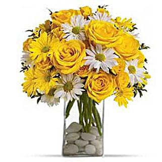 Bright Sensation: Friendship Day Flowers to USA